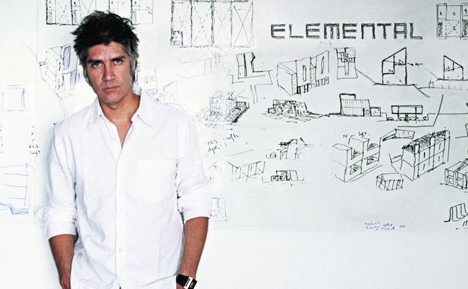 Revista c digo arte arquitectura dise o moda estilo - Alejandro aravena arquitecto ...
