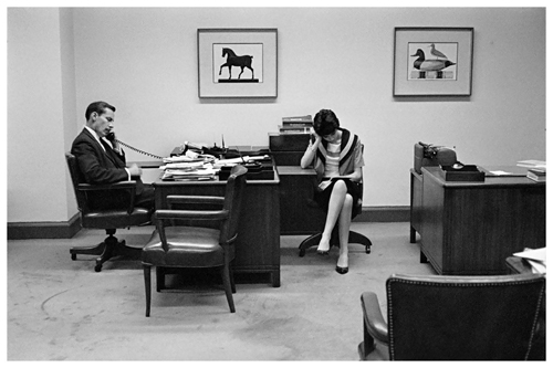 5.-henri-cartier-bresson-bankers-trust-new-york-1960