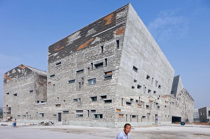 Wang Shu, Museo de Historia de Ningbo (2008). ©Iwan Baan
