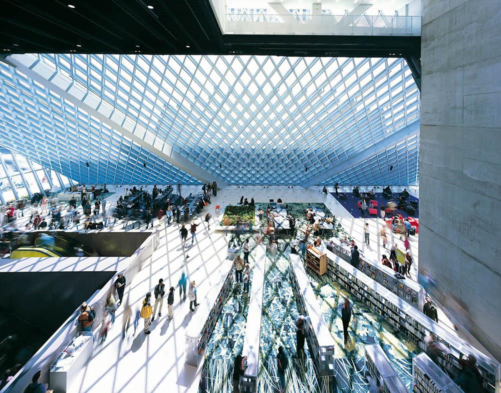OMA, Biblioteca Central de Seattle (2004). Tomada del sitio web del despacho