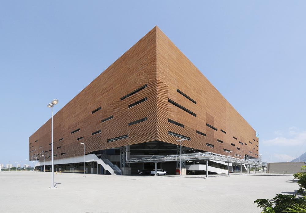 Arena de Handball, Lopes, Santos & Ferreira + AndArchitects