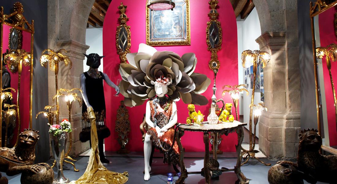 amoATO/Kris Goyri, instalación para la exposición Bijoux (2011)