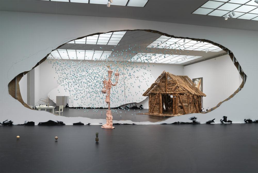Ensayos críticos sobre arte. Urs Fischer.