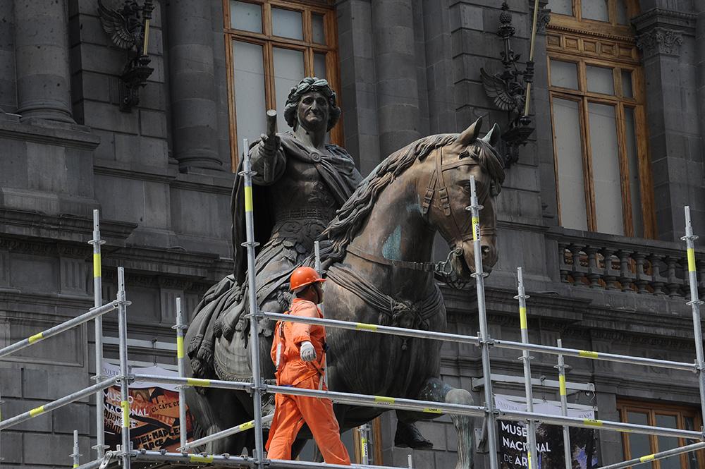 Restauración de El Caballito. Imagen tomada de telefonorojo.mx
