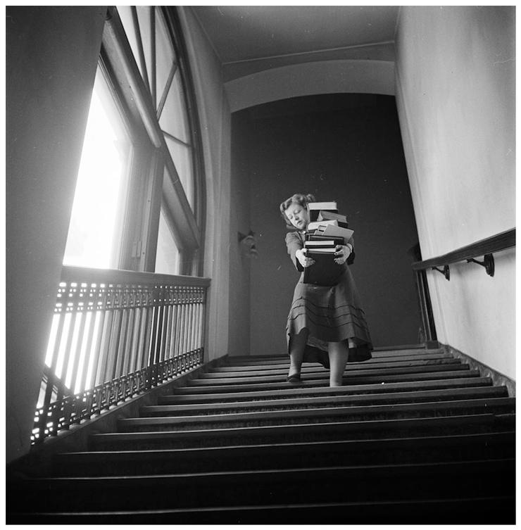 Imagen temprana de la faceta fotográfica de Kubrick, incluida en Stanley Kubrick: Drama & Shadow (2005)