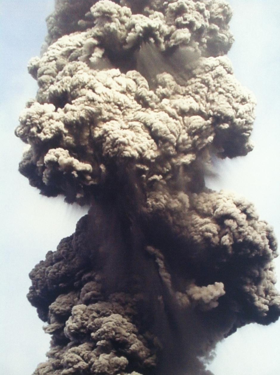 El humo, la fascinación de Mayenberg. Cortesía del artista