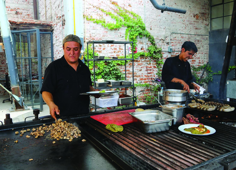 Lujo Reanudar Las Tareas De Preparación Del Cocinero Inspiración ...