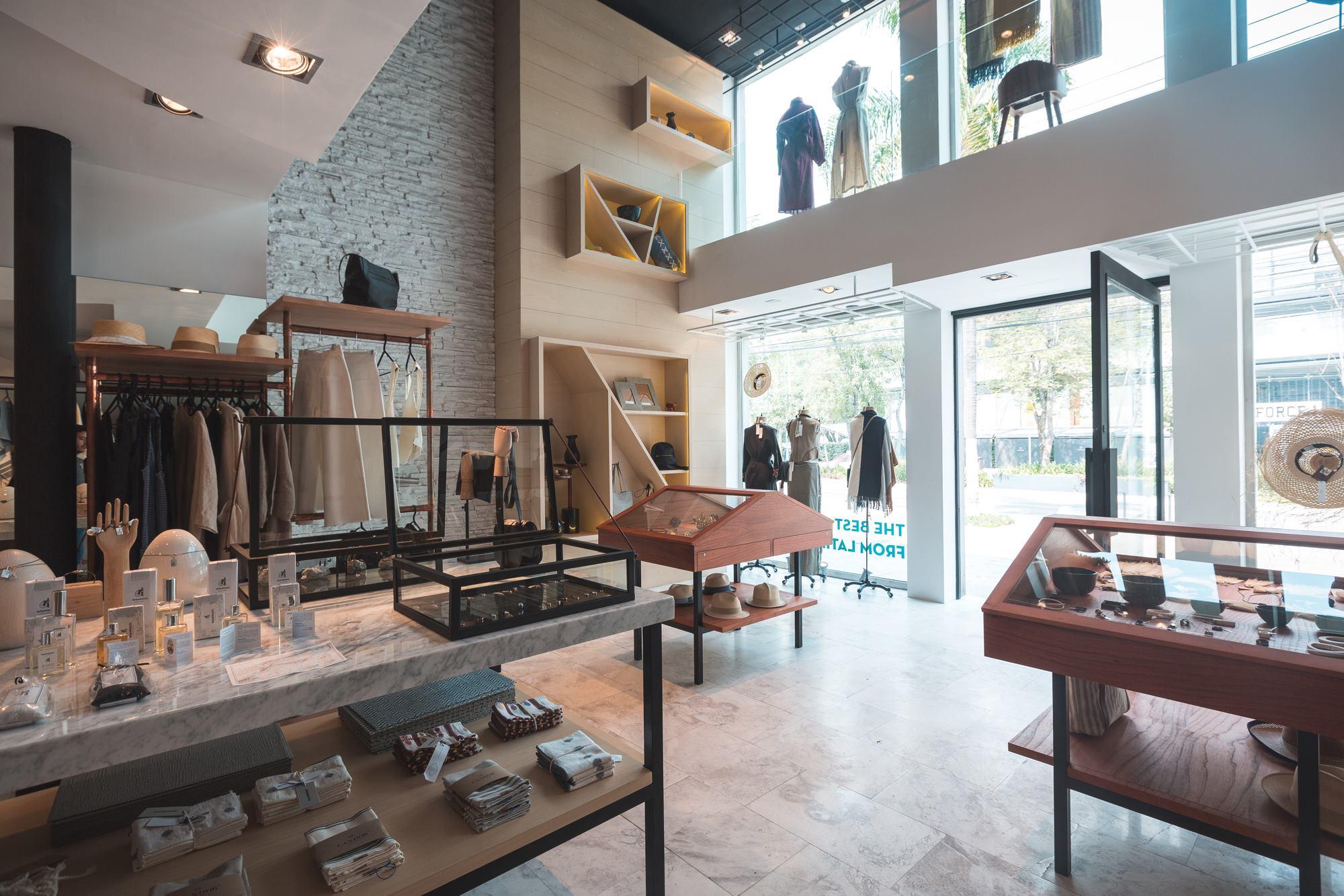 Revista c digo arte arquitectura dise o cine for Disenos de interiores para negocios